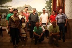 Comisión de los Episodios Caudetanos, Embajadores, Damas y Presidente de los Alagoneses. Fotografía de José Martínez.
