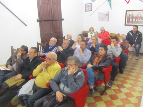 Público Conferencia Vicente Vázquez (1). 775 aniversario muerte de Don Artal de Alagón. Alagón, 15 de noviembre de 2014.