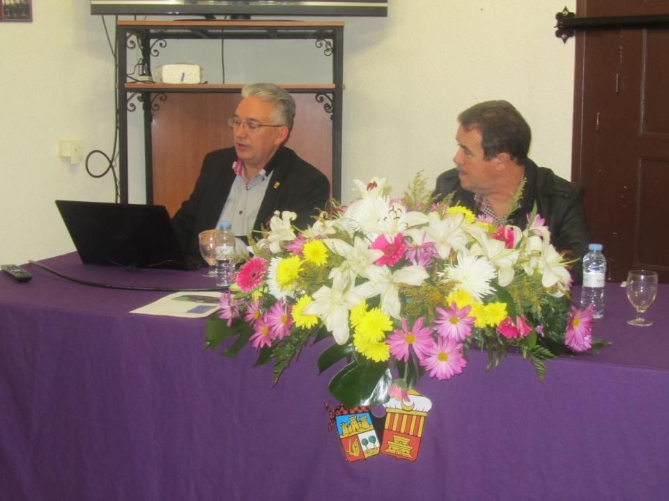 Conferencia Vicente Vázquez. 775 aniversario muerte de Don Artal de Alagón. Alagón, 15 de noviembre de 2014.