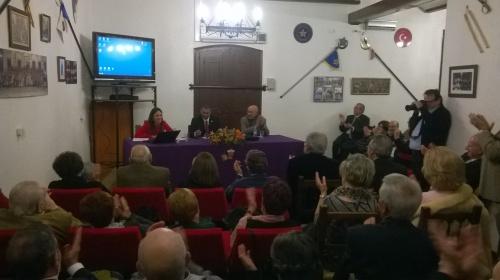 Charla de Conchi Gil sobre el 50 aniversario del hermanamiento entre Alagón y Sax. Clausura de las Jornadas Culturales de la Peña Sajeño Alagonesa de Alagón 2015.