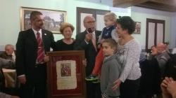 Detalle conmemorativo de la familia Lorente Serrano. Homenaje a Gumersindo Gutiérrez: el Salmón de Alagón. 21 de noviembre de 2015.