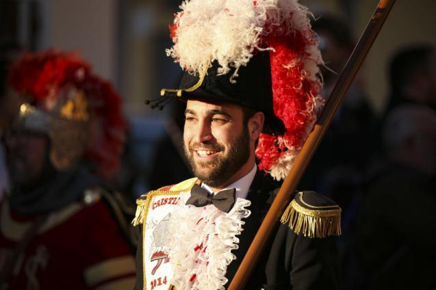 Desfile Capitanías Alagoneses - Diario Información (1)